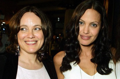 Marcheline-Bertrand-and-Angelina-Jolie-490x326